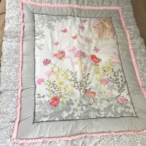 Other - Crib bedding set 🦋🐦💗🌸